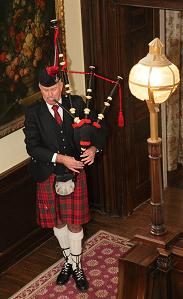 scottish piper for hire